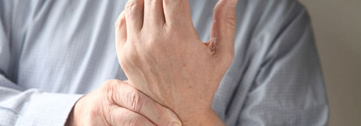 Chiropractic team in Dubuque IA help patients with carpal tunnel